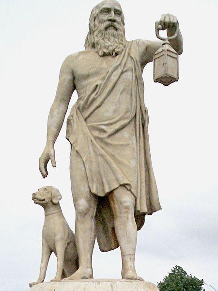 """Diogène le Cynique: """"Un méchant eunuque écrivait sur sa maison: """"Qu'aucun méchant n'entre ici !"""" """"Mais, demanda Diogène, le maître de maison, par où entrera-t-il ?"""""""